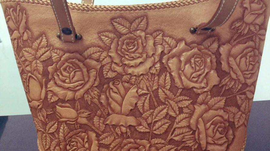 バラのレザーカービングのカービングバッグ