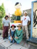 うるま市安慶名のソニー坊やのペンキ塗り替え後の記念写真